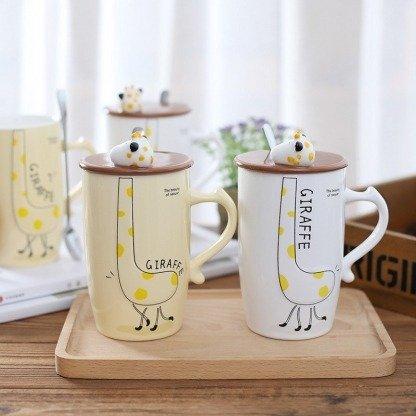 süße Tassen Giraffe mit Deckel, Weiß und Pastellgelb, Geschenkidee, Kawaii Tassen
